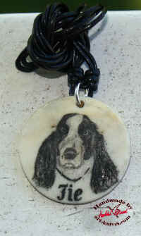 scrimshaw-dog-02.jpg (38592 byte)